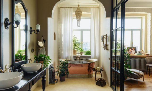 7 Ways to Make Your Bathroom Look Bigger